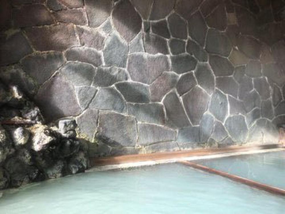 セルバン 温泉